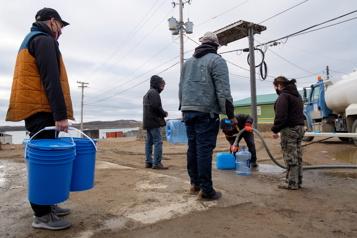 Crise d'eau potable Des militaires sont déployés à Iqaluit