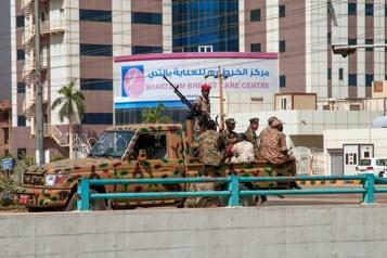 Coup d'État au Soudan Les dirigeants civils aux mains de l'armée