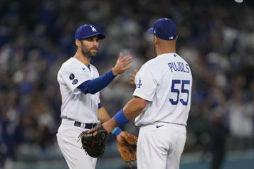 Série de championnat de la Nationale Les Dodgers écrasent les Braves11-2