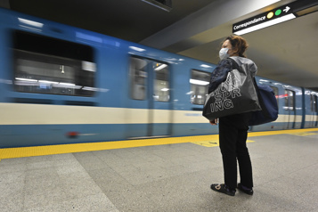Déficits à la STM Québec ne veut pas de réduction de service pour les usagers