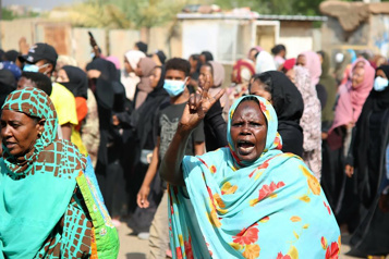 Putsch au Soudan Le premier ministre ramené chez lui, lacrymogènes contre les manifestants