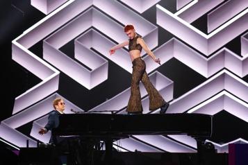 Elton John En pièces détachées ★★★