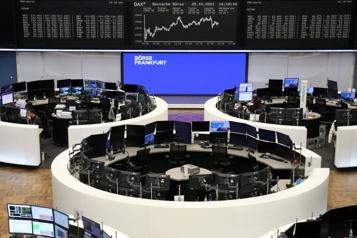 Les Bourses européennes terminent sur une note contrastée