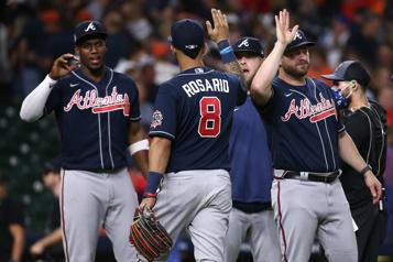 Série mondiale Les Braves remportent le premier match6-2