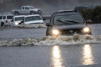 Après la sécheresse, la Californie frappée par de violents orages